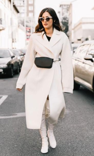 άσπρο παλτό μαύρη ζώνη καθημερινό ντύσιμο κρύο
