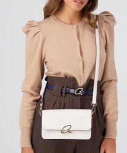λευκή τσάντα axel