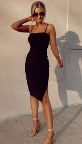 μαύρο φόρεμα με τιράντες