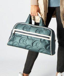 μεγάλη τσάντα για ταξίδια