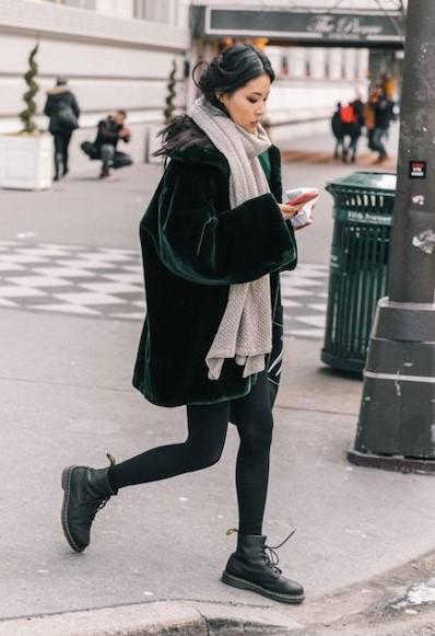 χακί γούνα σκούρο outfit