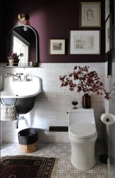 μοβ μπάνιο κάδρα