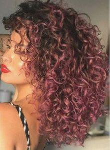 παιχνιδιάρικο ροζ χρώμα μαλλιών