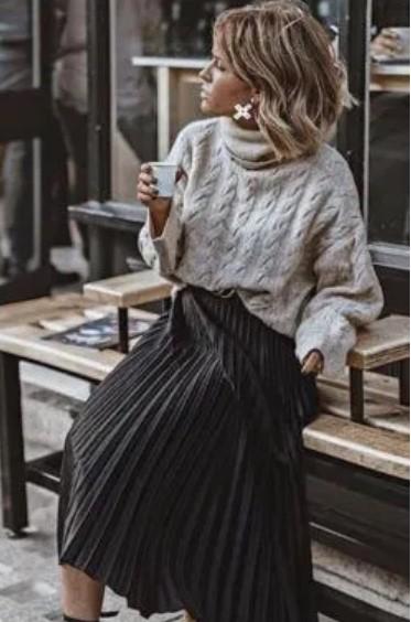 πλεκτή μπλούζα φούστα