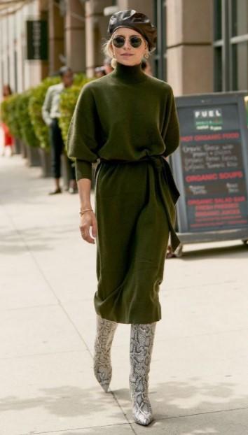 πράσινο πλεκτό φόρεμα μπότες χειμωνιάτικα φορέματα
