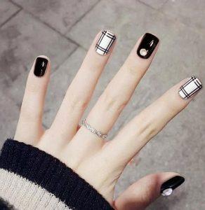 κομψά νύχια