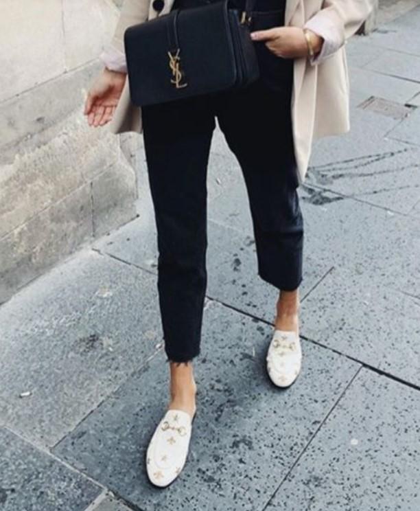 ξώφτερνα ίσια παπούτσια για άνοιξη