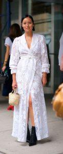 λευκό δετό φόρεμα