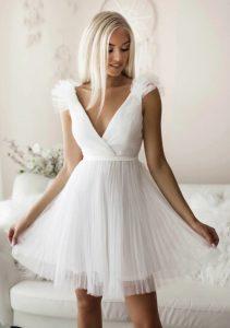 λευκό φορεματάκι