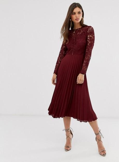 μπορντό πλισέ φόρεμα