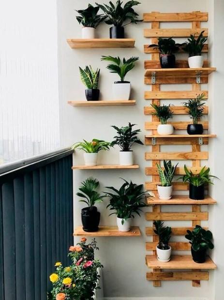 ράφια μπαλκόνι φυτά εντυπωσιακό μπαλκόνι