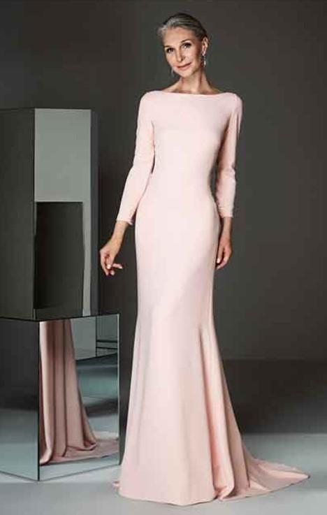 μακρύ ροζ φόρεμα