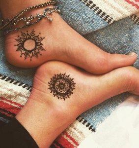 γυναικειο τατουαζ ηλιος ποδια αστραγαλοι