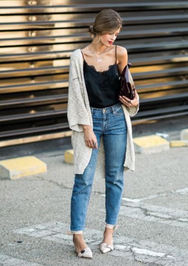 θηλυκό ντύσιμο με τζιν παντελόνι
