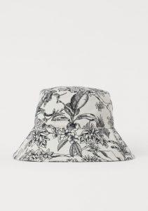 ασπρόμαυρο καπέλο