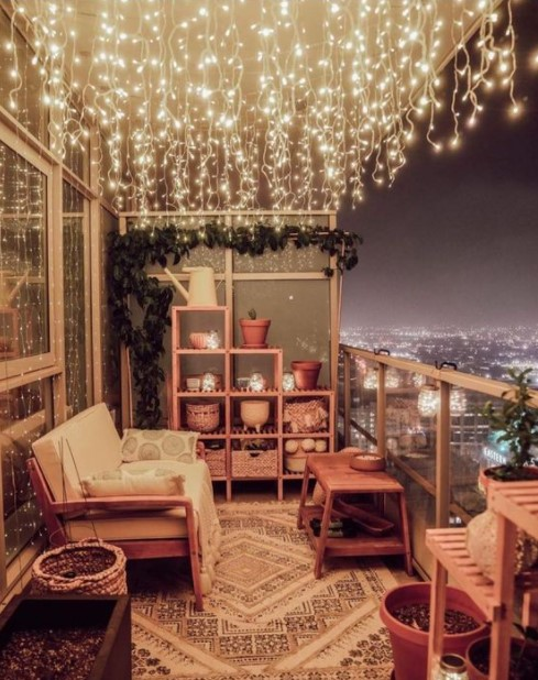 μπαλκόνι φωτάκια βροχή ιδέες φωτισμού μπαλκόνι