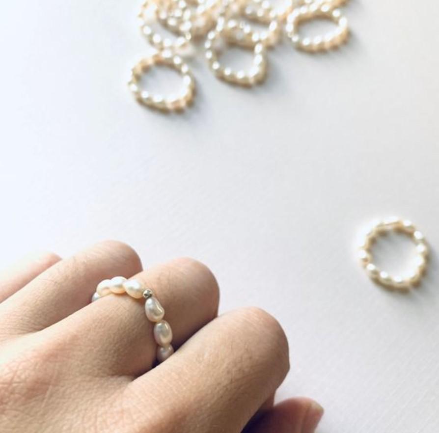 δαχτυλίδι με πέρλες του γλυκού νερού