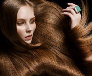 μεταξένια λεία μαλλιά