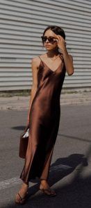 καφέ maxi φόρεμα