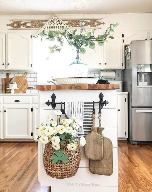 πάγκος λουλούδια πετσέτες πλαϊνό μέρος ντουλαπιών