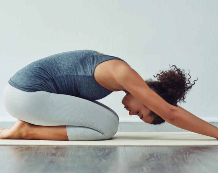 5 Ασκήσεις που θα σε ανακουφίσουν από τον πόνο στη μέση!