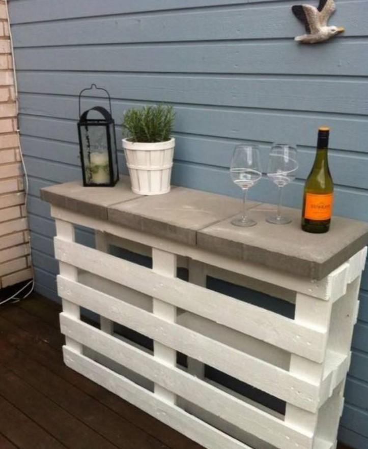 εξωτερικό bar από ξύλινη παλέτα