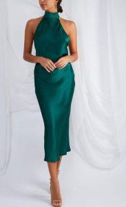 κομψό σατέν φόρεμα