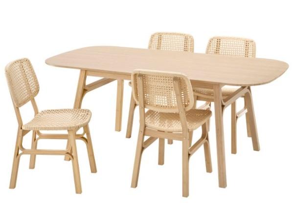 ξύλινη τραπεζαρία καρέκλες