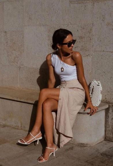 λεπτά λευκά πέδιλα φούστα τάσεις σανδάλια πέδιλα