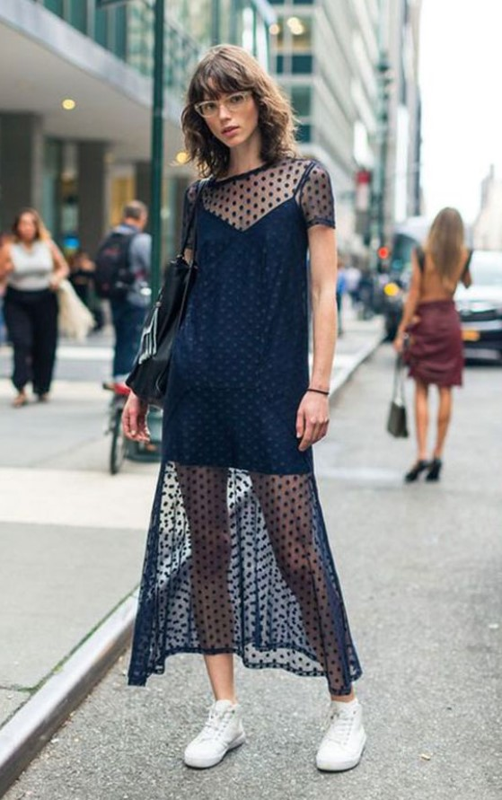 μαύρο καλοκαιρινό φόρεμα με διαφάνεια