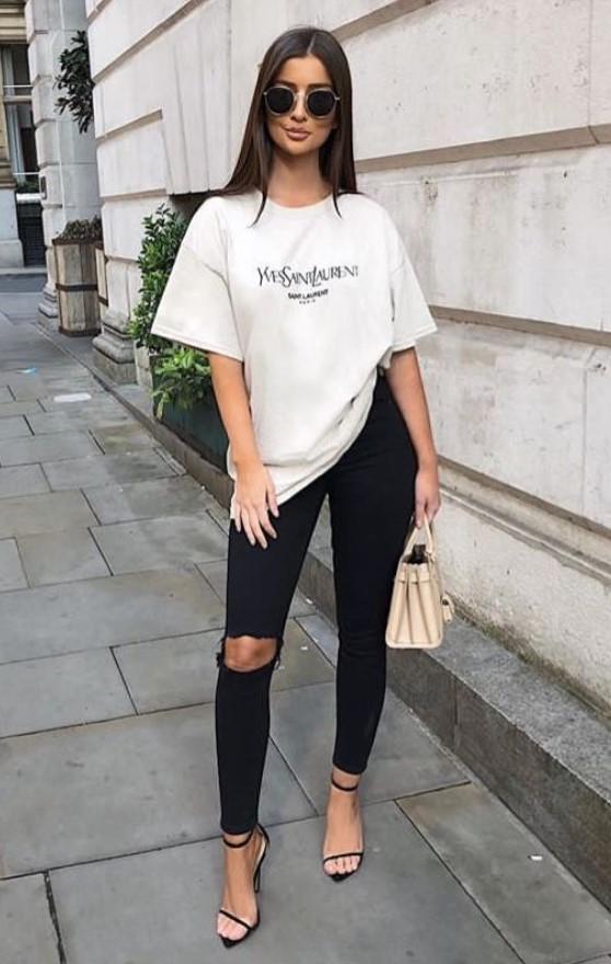 ντύσιμο με oversize μπλουζάκι