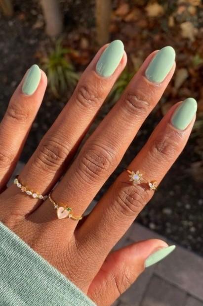 νύχια χρώμα μέντας χρώματα νύχια καλοκαίρι 2021