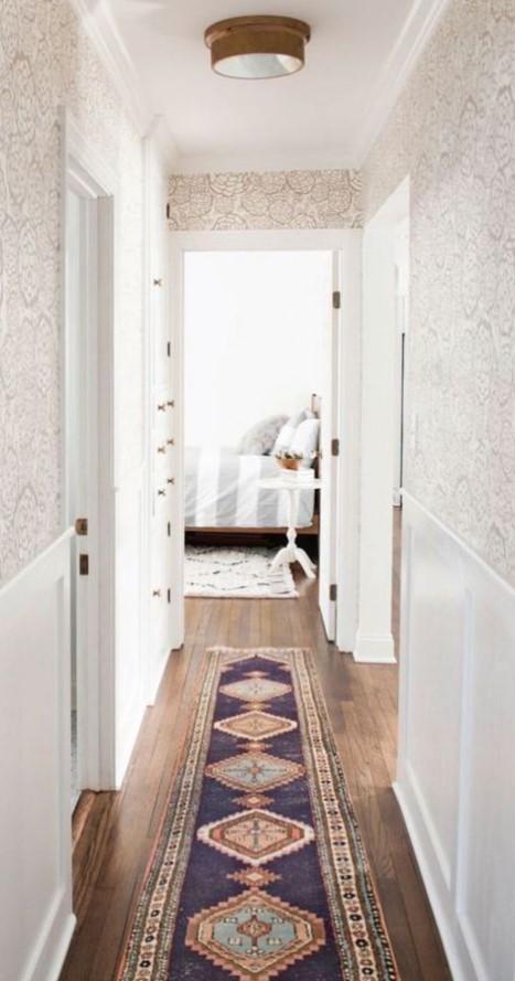 ταπετσαρία στο διάδρομο στο σπίτι