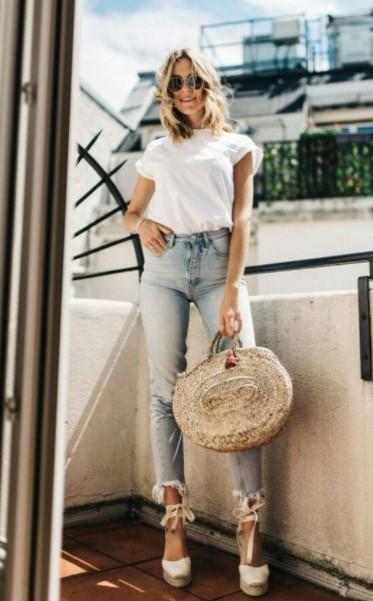 τζιν παντελόνι άσπρη μπλούζα outfits εσπαντρίγιες