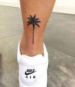 φοινικας τατουαζ στο ποδι