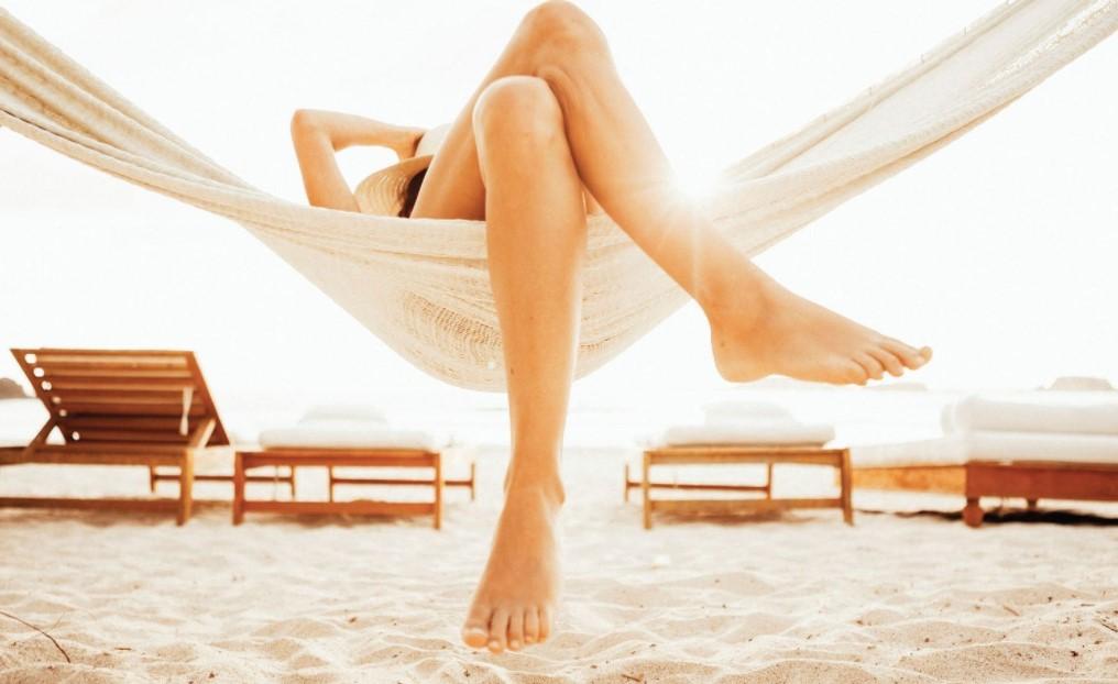 γυναικεία πόδια αιώρα ετοιμάσεις πόδια καλοκαίρι