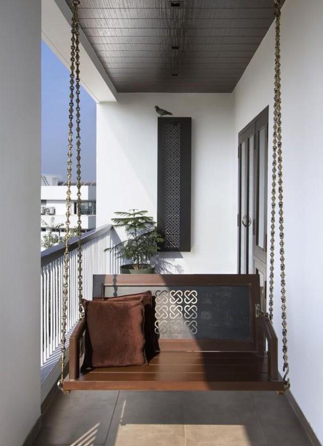 κομψή κούνια για το μπαλκόνι