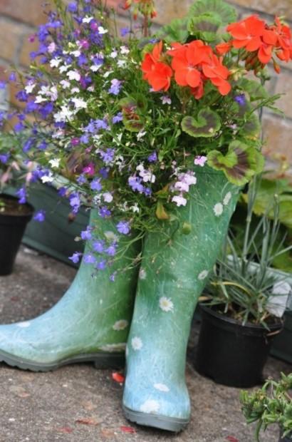 μπότες λουλούδια δημιουργικές γλάστρες