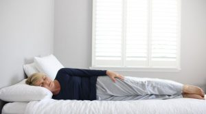 στάση ύπνου κούτσουρο