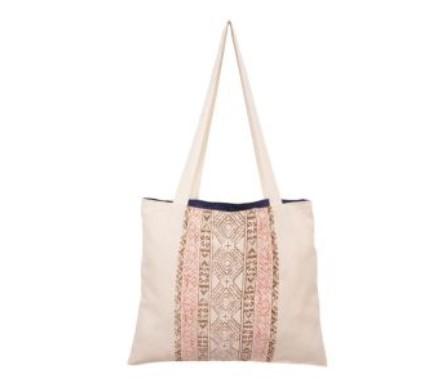 μποέμ τσάντα για την παραλία