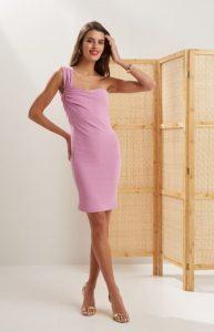 ενα ωμος ροζ φόρεμα