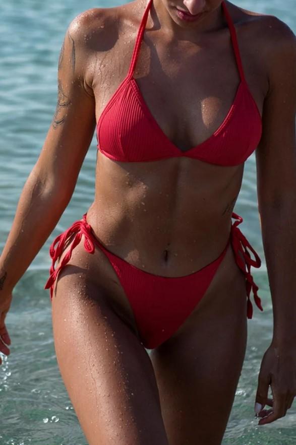 κόκκινο bikini