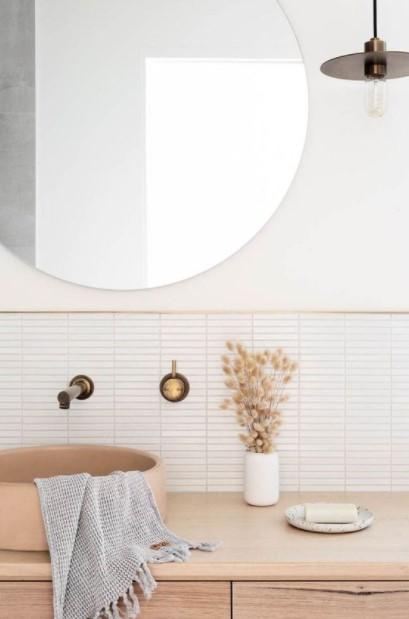 μπάνιο μικρό βάζο στιλάτα διακοσμητικά μπάνιου