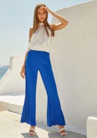 μπλε παντελόνι καμπάνα