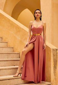 ροζ σατεν φόρεμα