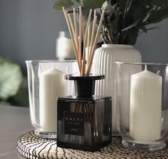 διακόσμηση με κεριά και άρωμα