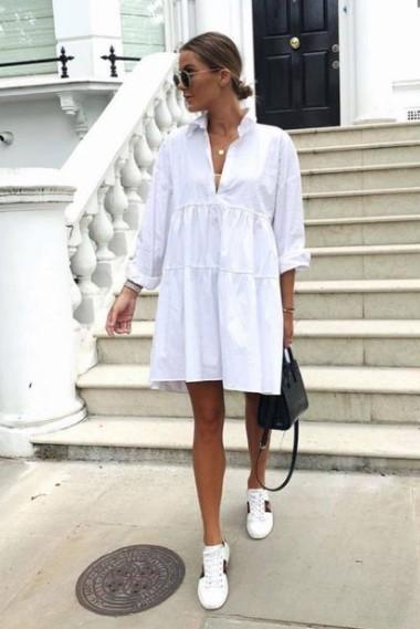 άσπρο φόρεμα sneakers