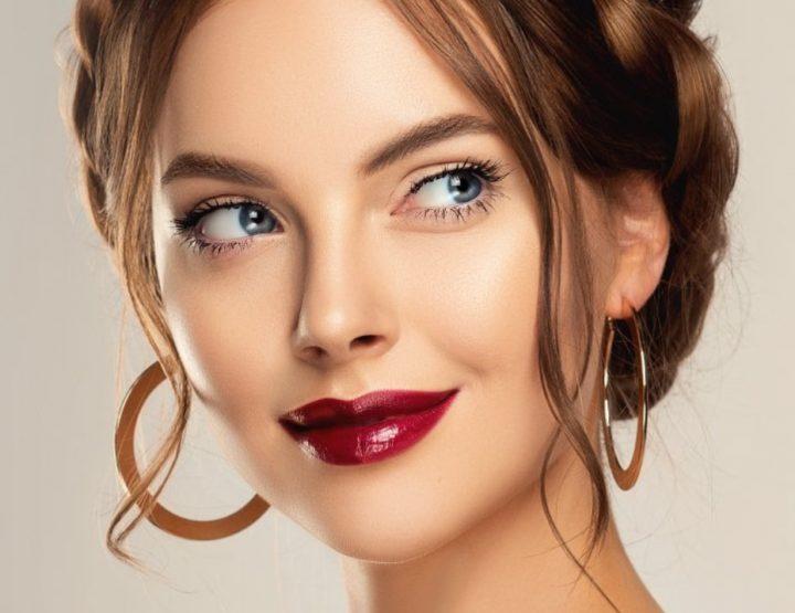 5 Κορυφαία lip gloss για λαμπερό μακιγιάζ!