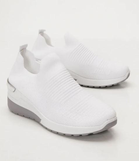λευκά αθλητικά κάλτσα