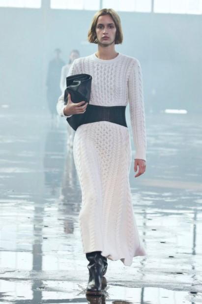 πλεκτό λευκό φόρεμα ρούχα χειμώνα 2022